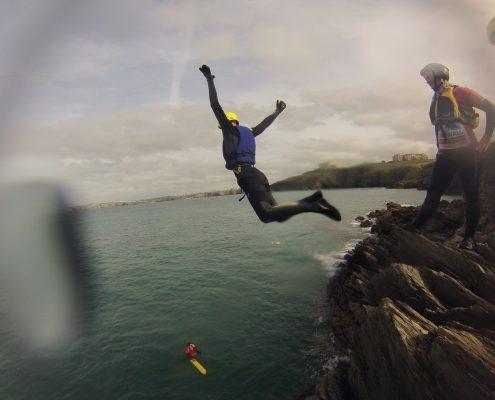 CLIFF JUMP CORNWALL SURF ACADEMY